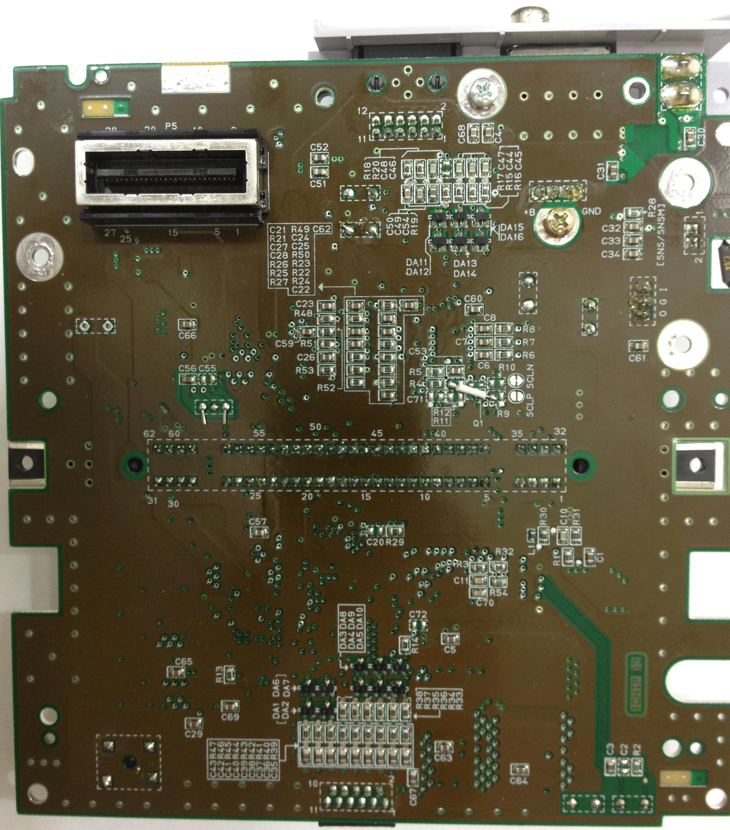 shmups system11 org • View topic - CSYNC mod for Super Famicom 1CHIP-03